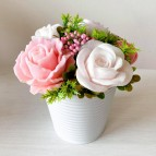 IN STOCK, Bucket with 5 soap flowers, mix 8
