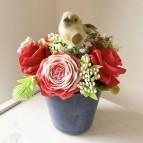 IN STOCK  Vase Vera, 5 soap flowers, red